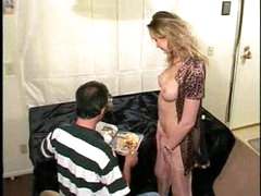 French MILF stretches fuckhole