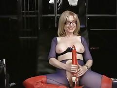Nina Hartley loves tormenting her moist wet slot