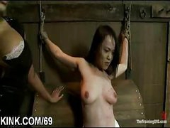 Slave hawt girl entertains her spouse