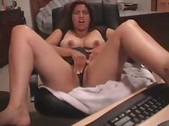 Latin hottie gets her snatch fucked and stroked by her much loved toy. She started with tender touches and finishes with pounding.