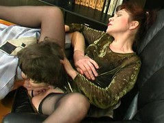 Experienced older hottie getting her ripe snatch licked and screwed hard