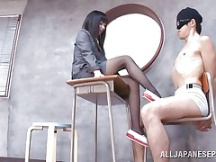 Dark brown hair teacher loves treating her bad students with her feet. That babe got this one tied on a chair, blindfolded him and rubbed his rod with her feet. The treatment she gives him will surely make him a better student and perhaps this guy will repay her with a deep hard fuck.