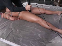 Mamma Ava gets some attention from not one but two guys. Well she's getting greater quantity then she can handle and the males do what they crave with her sexy body. After they've rubbed her pussy with a vibrator the dark one begins to face gap fuck her while the other one takes care of her pussy. She's about to get cum filled!