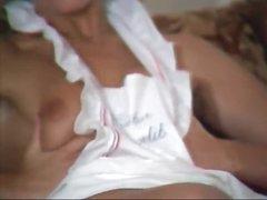 Classic porno with solo babe in apron